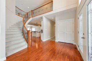 Photo 4: 1197 HOLLANDS Way in Edmonton: Zone 14 House for sale : MLS®# E4221432