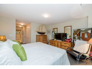 """Photo 13: 102 14824 NORTH BLUFF Road: White Rock Condo for sale in """"The Belaire"""" (South Surrey White Rock)  : MLS®# R2247424"""