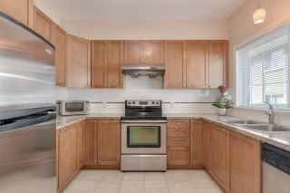 """Photo 5: 5 621 LANGSIDE Avenue in Coquitlam: Coquitlam West Townhouse for sale in """"Evergreen"""" : MLS®# R2355835"""