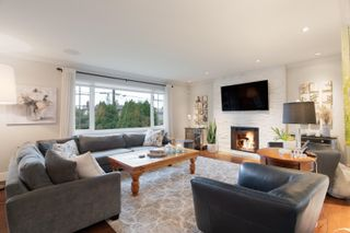 Photo 4: 848 E 17TH Street in North Vancouver: Boulevard House for sale : MLS®# R2622756