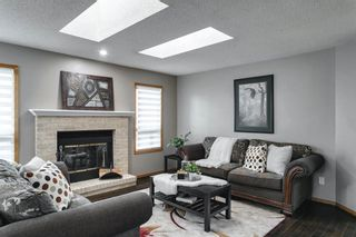 Photo 4: 11 Sanderling Hill NW in Calgary: Sandstone Valley Detached for sale : MLS®# A1149662