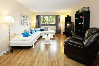 """Photo 1: 218 710 E 6TH Avenue in Vancouver: Mount Pleasant VE Condo for sale in """"McMillan House"""" (Vancouver East)  : MLS®# R2064398"""
