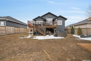 Photo 33: 304 Clubhouse Boulevard East in Warman: Residential for sale : MLS®# SK846843