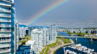 Photo 4: 3103 1201 MARINASIDE Crescent in Vancouver: Yaletown Condo for sale (Vancouver West)  : MLS®# R2575825