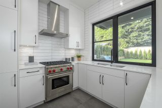 Photo 12: 2764 EDGEMONT Boulevard in North Vancouver: Edgemont House for sale : MLS®# R2586878