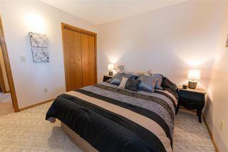 Photo 21: 15 Calder Bay in Winnipeg: Richmond West Residential for sale (1S)  : MLS®# 202108568