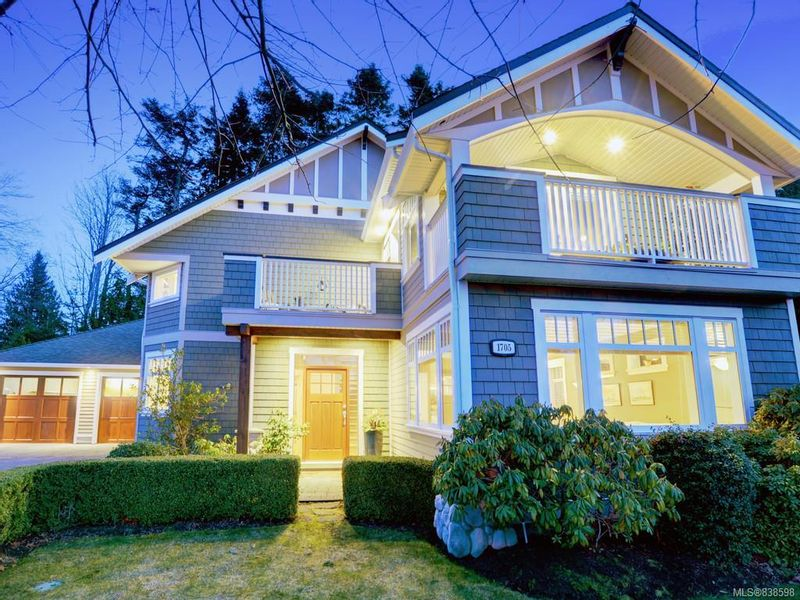 FEATURED LISTING: 1705 Texada Terr North Saanich