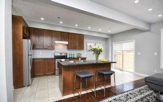 Photo 8: 23 E Clarinet Lane in Whitchurch-Stouffville: Stouffville House (2-Storey) for sale : MLS®# N5093596