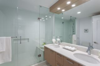 Photo 26: 14 2206 FOLKESTONE WAY in West Vancouver: Panorama Village Townhouse for sale : MLS®# R2477030