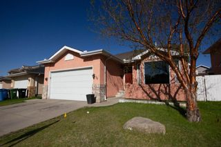 Photo 6: 18 Coral Sands Place NE in Calgary: Coral Springs Detached for sale : MLS®# A1109060