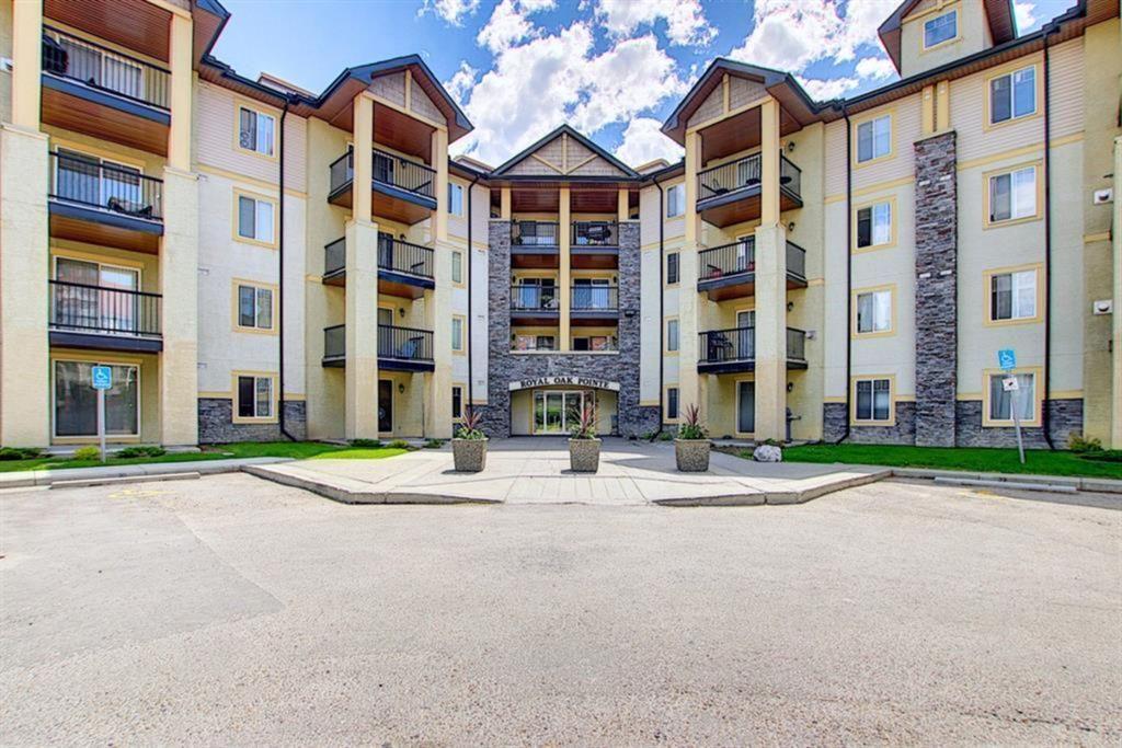 Main Photo: 1227 8810 Royal Birch Boulevard NW in Calgary: Royal Oak Apartment for sale : MLS®# A1129250