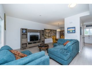 Photo 3: 301 32789 BURTON Avenue in Mission: Mission BC Townhouse for sale : MLS®# R2177756