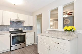 Photo 8: 15956 20 Avenue in Surrey: King George Corridor 1/2 Duplex for sale (South Surrey White Rock)  : MLS®# R2386737