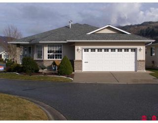 """Photo 1: 72 7292 ELM Road: Agassiz House for sale in """"MAPLEWOOD VILLAGE"""" : MLS®# H2800373"""
