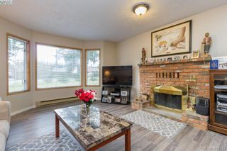 Photo 9: 436 Tipton Ave in VICTORIA: Co Wishart South House for sale (Colwood)  : MLS®# 803370