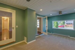 """Photo 10: 41374 DRYDEN Road in Squamish: Brackendale House for sale in """"Brackendale"""" : MLS®# R2198766"""