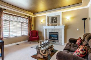 Photo 3: 10321 244 STREET in Maple Ridge: Albion House for sale : MLS®# R2353333