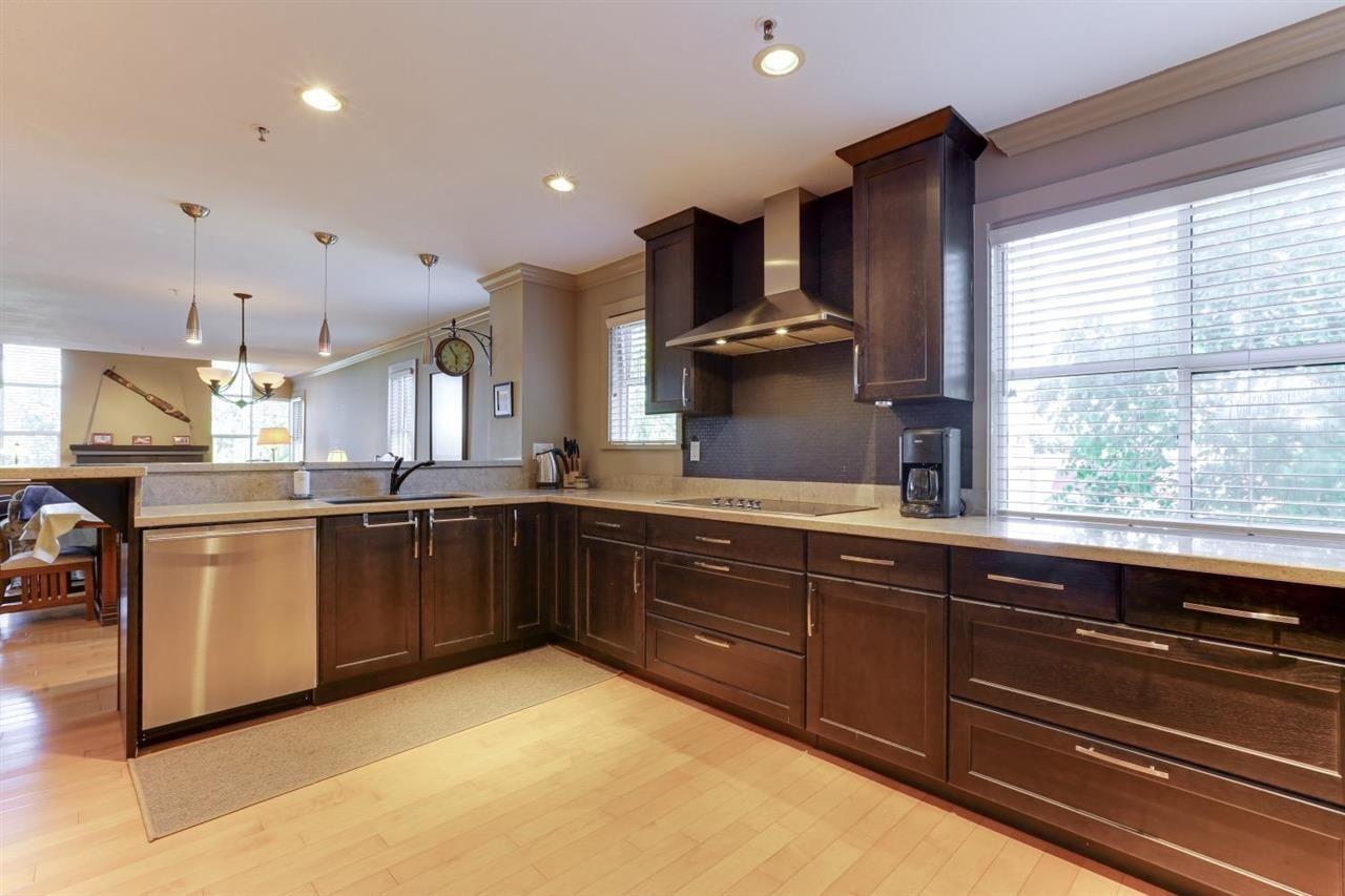 "Photo 6: Photos: 401 5550 14B Avenue in Delta: Cliff Drive Condo for sale in ""HIGHLAND TERRACE"" (Tsawwassen)  : MLS®# R2584909"