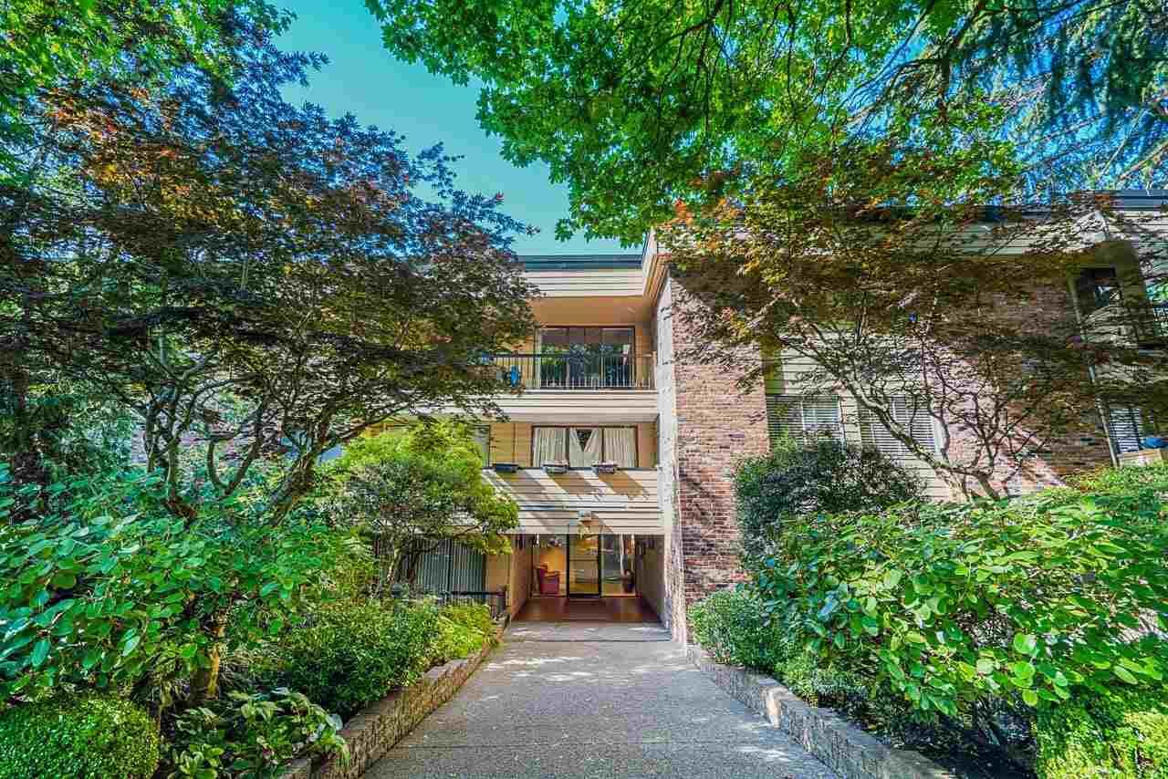 """Main Photo: 104 1717 W 13TH Avenue in Vancouver: Fairview VW Condo for sale in """"Princeton Manor"""" (Vancouver West)  : MLS®# R2588678"""