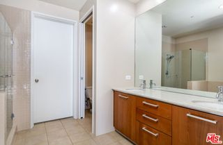 Photo 11: 801 S Grand Avenue Unit 1909 in Los Angeles: Residential for sale (C42 - Downtown L.A.)  : MLS®# 21793682