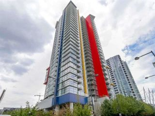 "Main Photo: 509 602 CITADEL Parade in Vancouver: Downtown VW Condo for sale in ""Spectrum Tower 4"" (Vancouver West)  : MLS®# R2493737"