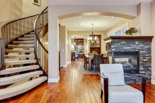 Photo 2: 1110 42 Street SW in Calgary: Rosscarrock Detached for sale : MLS®# A1145307