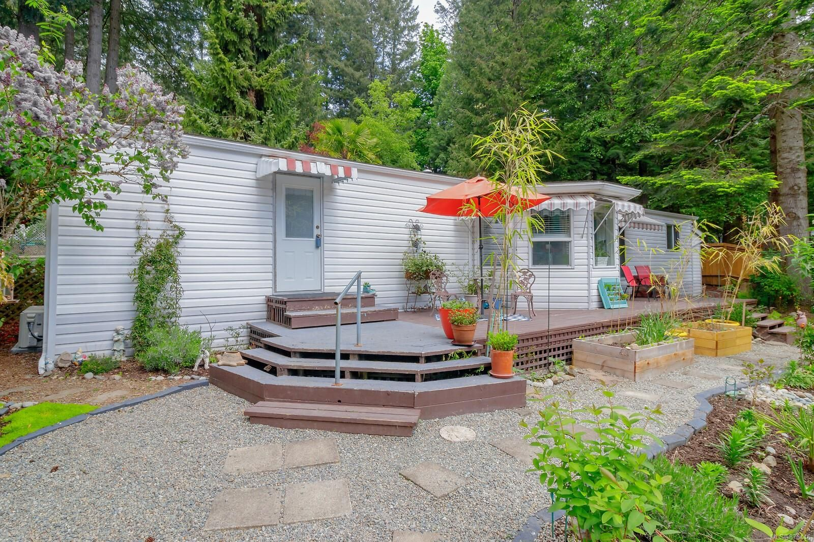 Main Photo: 36 2500 Florence Lake Rd in : La Florence Lake Manufactured Home for sale (Langford)  : MLS®# 875446