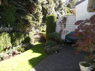 "Photo 17: 6 15099 28TH Avenue in Surrey: Elgin Chantrell Townhouse for sale in ""Gardens at Semiahmoo"" (South Surrey White Rock)  : MLS®# F1026125"