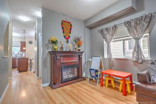 "Photo 7: 19 15518 103A Avenue in Surrey: Guildford Townhouse for sale in ""Cedar Lane"" (North Surrey)  : MLS®# R2549208"