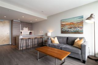 """Photo 4: 3208 488 SW MARINE Drive in Vancouver: Marpole Condo for sale in """"Marine Gateway"""" (Vancouver West)  : MLS®# R2440904"""