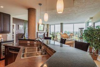 Photo 11: 402 5332 Sayward Hill Cres in : SE Cordova Bay Condo for sale (Saanich East)  : MLS®# 877023
