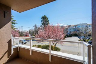 """Photo 31: 207 15375 17TH Avenue in Surrey: King George Corridor Condo for sale in """"CARMEL PLACE"""" (South Surrey White Rock)  : MLS®# R2564835"""