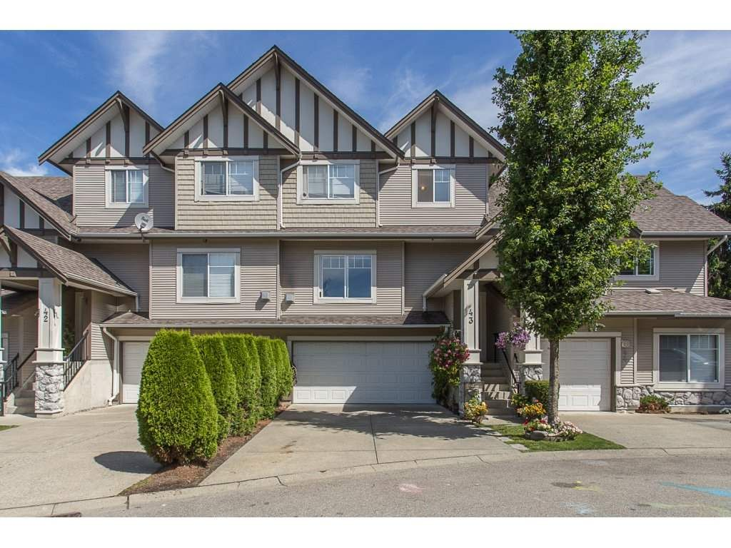 """Main Photo: 43 18181 68 Avenue in Surrey: Cloverdale BC Townhouse for sale in """"THE MAGNOLIA"""" (Cloverdale)  : MLS®# R2191663"""