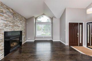 Photo 5: 215 HEAGLE Crescent in Edmonton: Zone 14 House for sale : MLS®# E4241702
