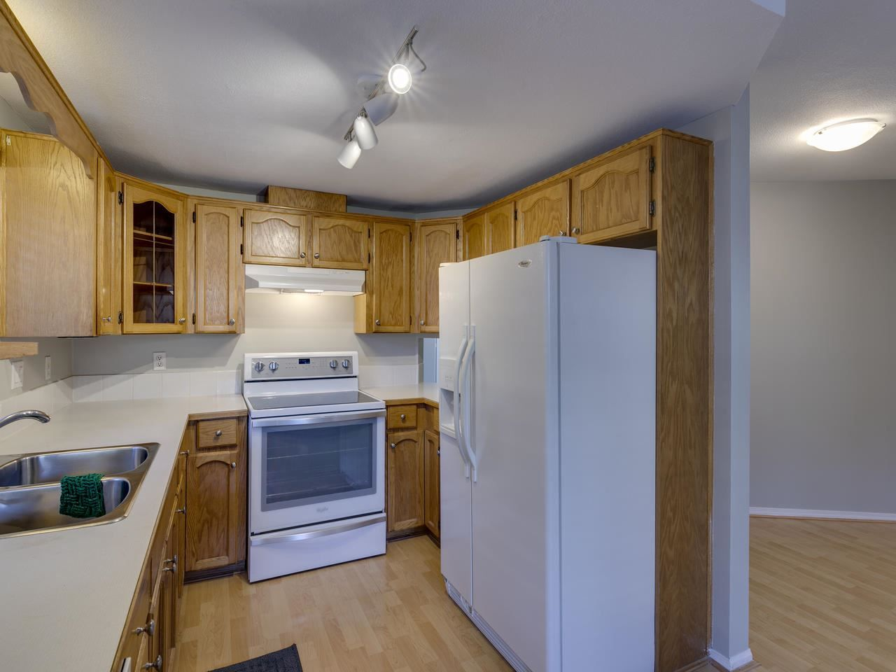 """Photo 24: Photos: 127 22555 116 Avenue in Maple Ridge: East Central Townhouse for sale in """"HILLSIDE"""" : MLS®# R2493046"""