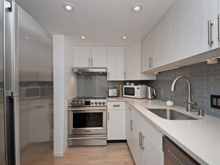Photo 2: 302 2295 PANDORA STREET in Vancouver: Hastings Condo for sale (Vancouver East)  : MLS®# R2252393