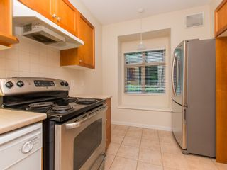 """Photo 9: 245 15 SIXTH Avenue in New Westminster: GlenBrooke North Townhouse for sale in """"CROFTON"""" : MLS®# R2074537"""