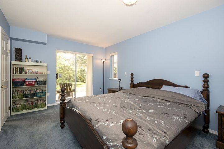 Photo 12: Photos: 1327 BRISBANE Avenue in Coquitlam: Harbour Chines House for sale : MLS®# R2061600