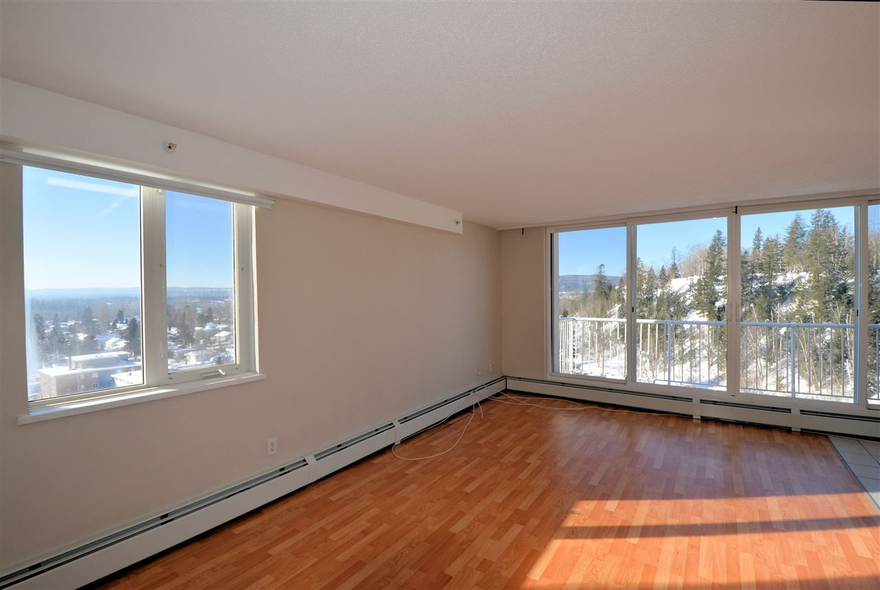 """Photo 3: Photos: 1208 1501 QUEENSWAY Street in Prince George: Connaught Condo for sale in """"CONNAUGHT HILL RESIDENCES"""" (PG City Central (Zone 72))  : MLS®# R2529872"""