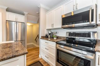 """Photo 7: 10 5900 JINKERSON Road in Chilliwack: Promontory Townhouse for sale in """"Jinkerson Heights"""" (Sardis)  : MLS®# R2589799"""