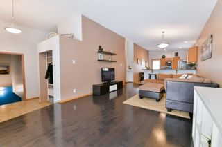Photo 2: 83 Langley Bay in Winnipeg: Richmond West Residential for sale (1S)  : MLS®# 202005640