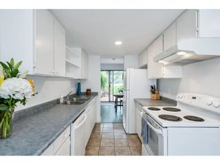 """Photo 10: 15843 ALDER Place in Surrey: King George Corridor Townhouse for sale in """"ALDERWOOD"""" (South Surrey White Rock)  : MLS®# R2607758"""
