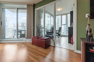 """Photo 15: 2307 583 BEACH Crescent in Vancouver: Yaletown Condo for sale in """"2 PARK WEST"""" (Vancouver West)  : MLS®# R2574813"""