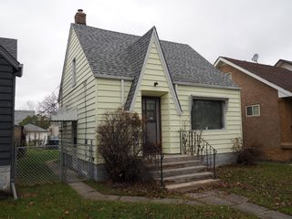 Photo 1: 464 Garlies Street in Winnipeg: North End Single Family Detached for sale (Central Winnipeg)  : MLS®# 1529498