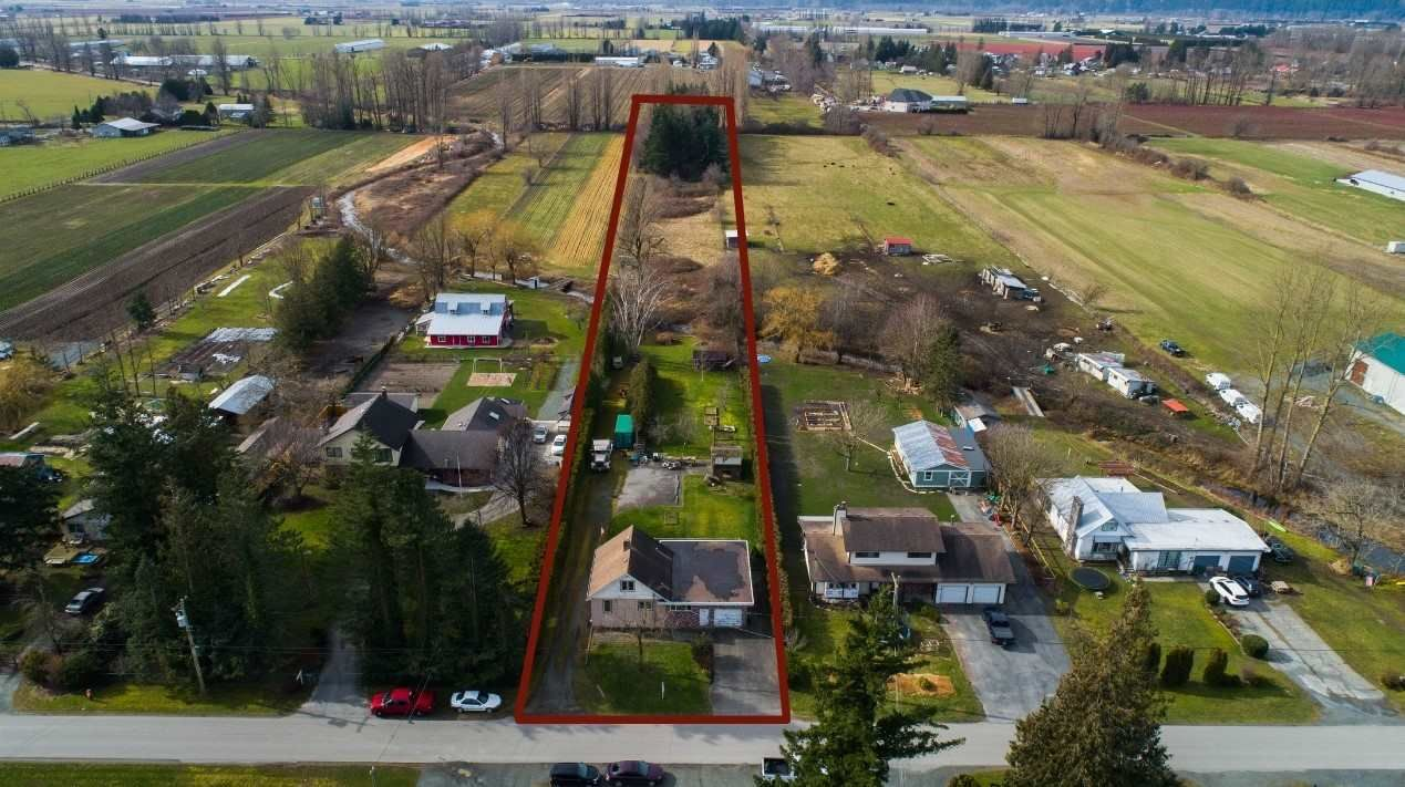 Main Photo: 3995 STEWART Road: Yarrow House for sale : MLS®# R2544159