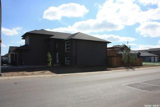 Photo 4: 727 1st Avenue North in Warman: Residential for sale : MLS®# SK840991