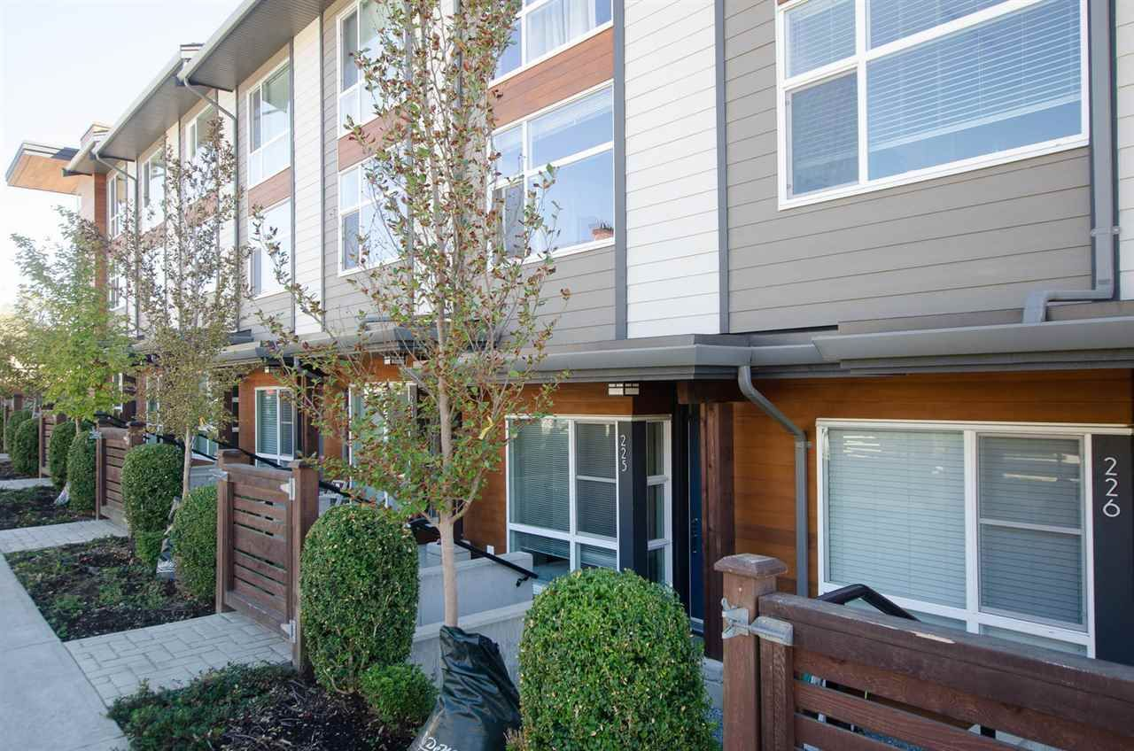 """Main Photo: 225 2228 162 Street in Surrey: Grandview Surrey Townhouse for sale in """"BREEZE"""" (South Surrey White Rock)  : MLS®# R2204536"""