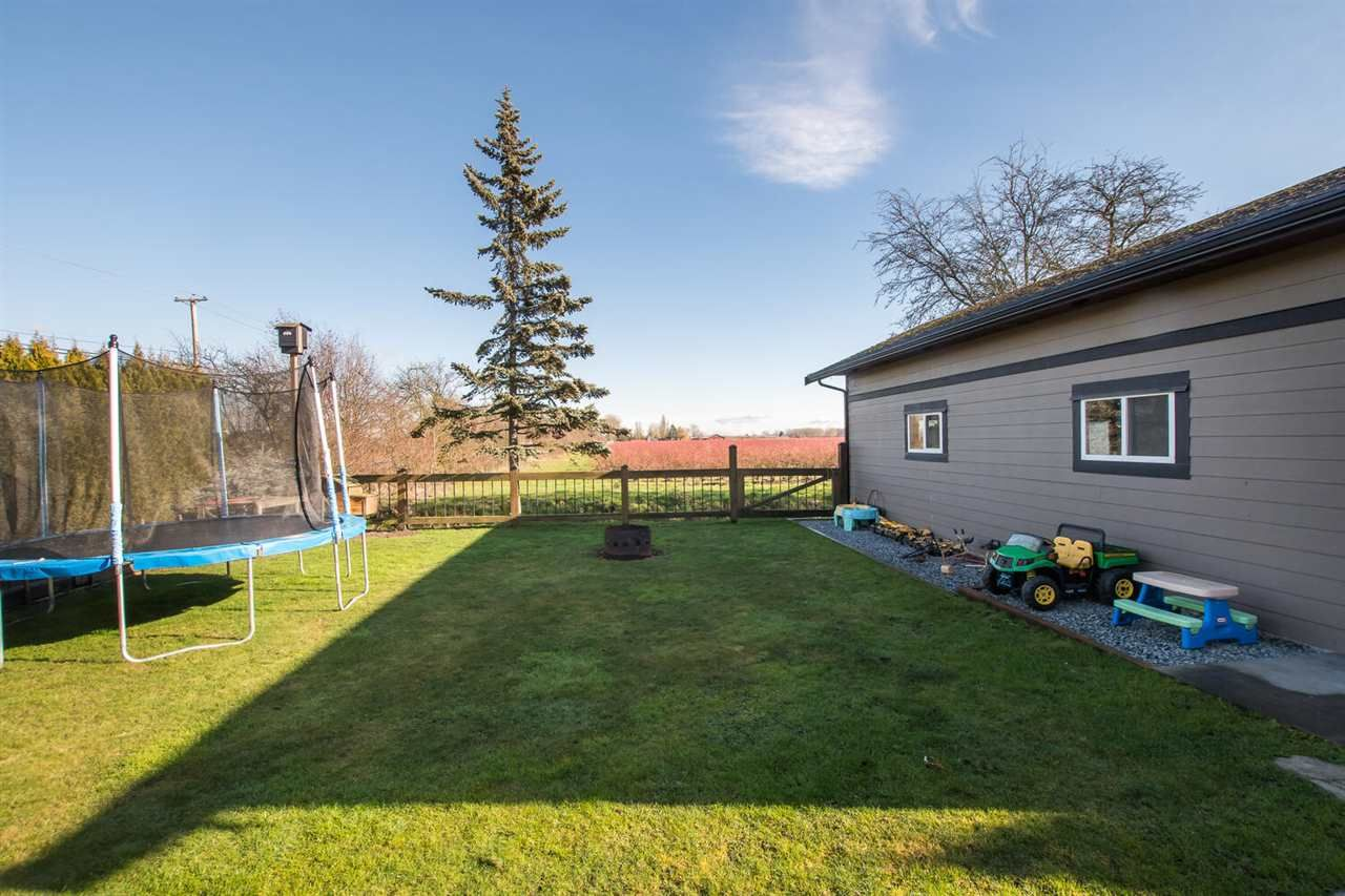 Photo 25: Photos: 6742 LADNER TRUNK Road in Delta: Holly House for sale (Ladner)  : MLS®# R2536007