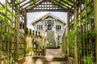 Photo 1: 5186 ST. CATHERINES Street in Vancouver: Fraser VE House for sale (Vancouver East)  : MLS®# R2587089