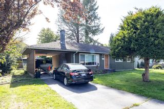 Photo 2: 3317 HANDLEY Crescent in Port Coquitlam: Lincoln Park PQ House for sale : MLS®# R2620351